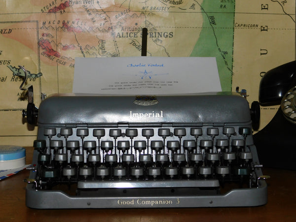 Typewriter Imperial Good Companion 3 portable