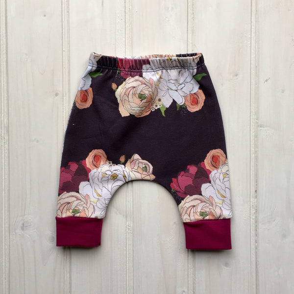 The Secret Garden - Leggings - FoXy RED RoCkS