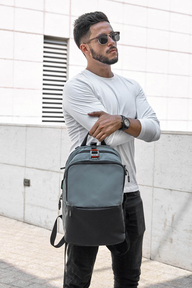 Ascentials Pro Boss, Lightweight Laptop Backpack, Everyday Business Backpack, College Backpack with 15 inch Laptop Sleeve for Men, 14 Liters (Loden)