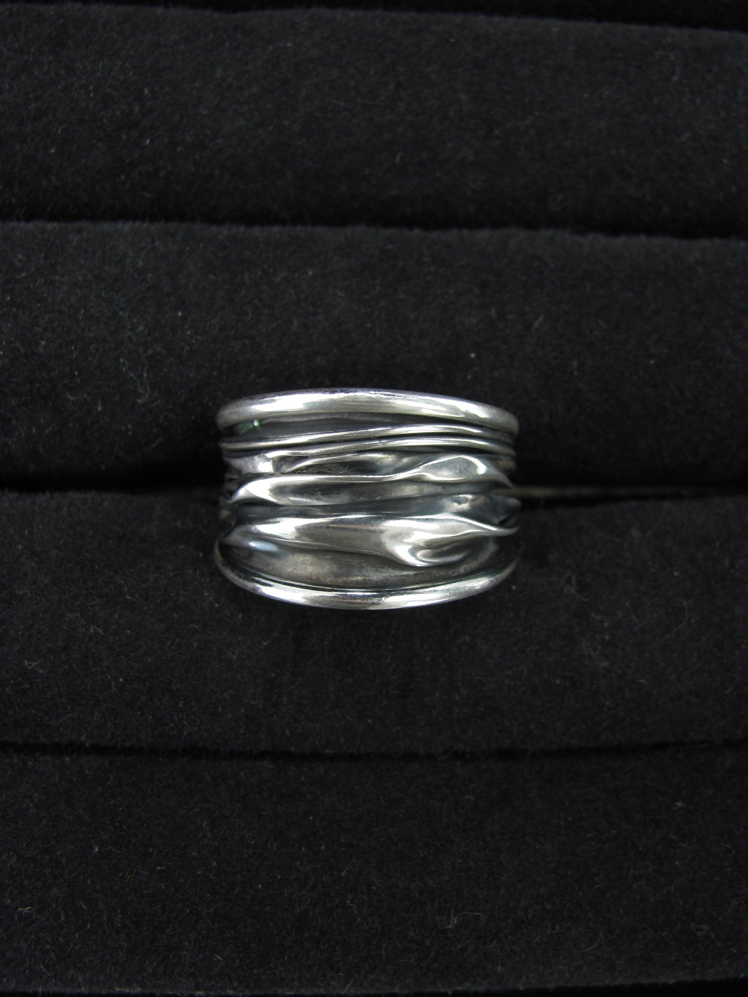 Corrugated Ring