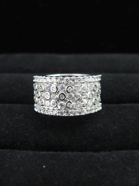 Romanoff Swarovski band ring