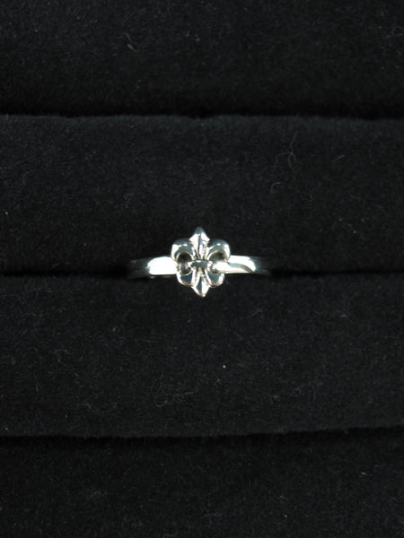 Adjustable Ring with Fleur de Lis