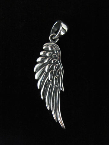 Single Wing Pendant