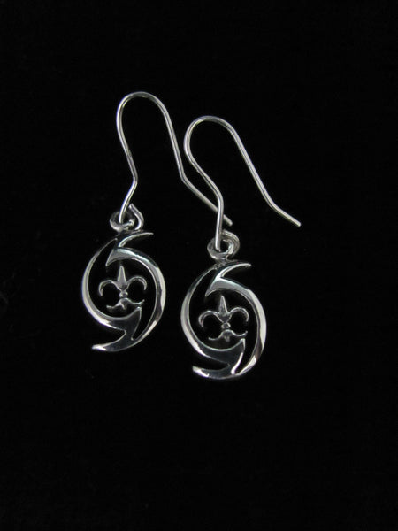 Hurricane Fleur de lis Earrings