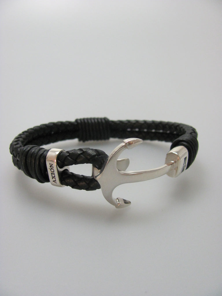 Plain Anchor Hook Bracelet