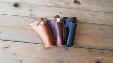Load image into Gallery viewer, Sheath cartridge triple cannon belt made of natural leather. For pirates, steampunk, explorers and for cowboys and western revolvers