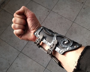 Dark Wizard bracer