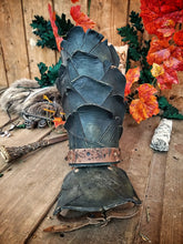 Load image into Gallery viewer, Ranger Warrior Leather Bracers