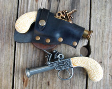 Load image into Gallery viewer, Flintlock Pistol leather Holster.