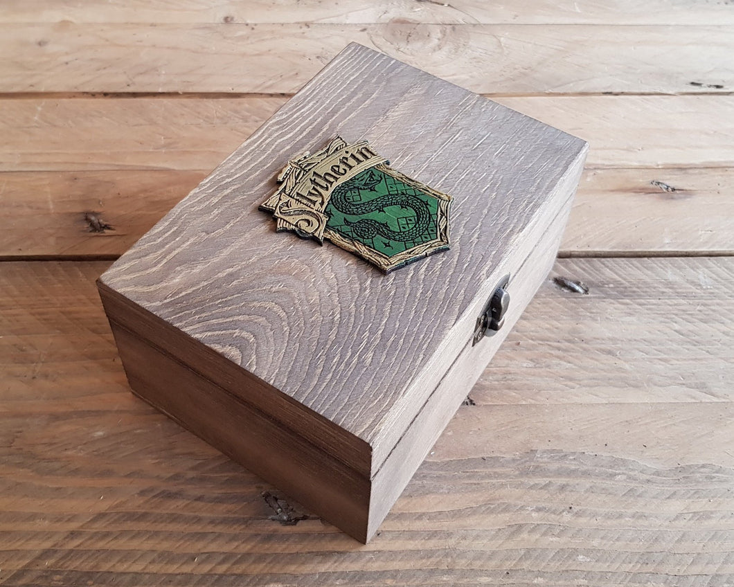 Potions box, House SLYTHERIN.