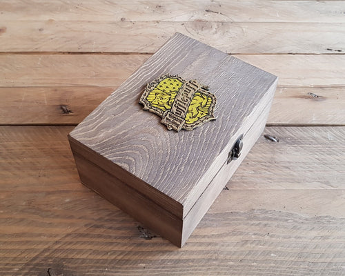 Wood Potions box for House HUFFLEPUFF.