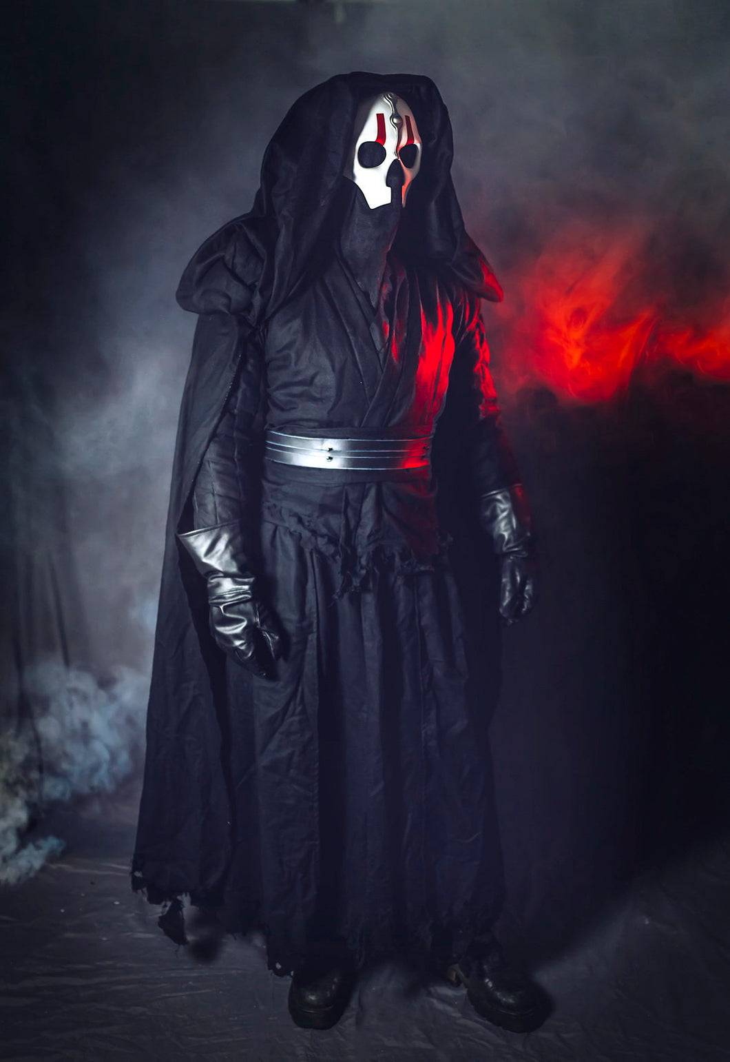Darth Nihilus Costume, Star Wars Cosplay.