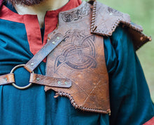 Load image into Gallery viewer, Barbarian Viking Leather Shoulder armor set.