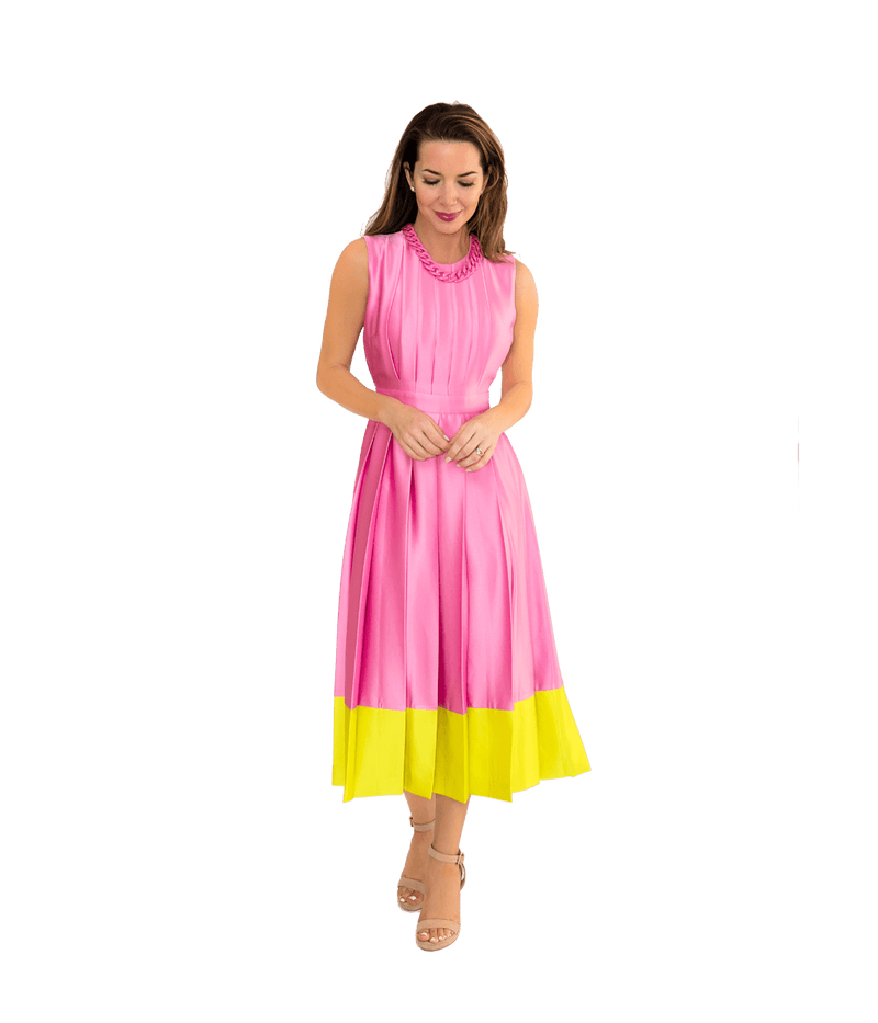 Color Block Pleated Dress w/ Chain Necklace - Lady Jetset