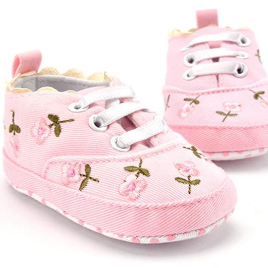 Cotton Baby Girl Sneaker with Embroidered Flowers