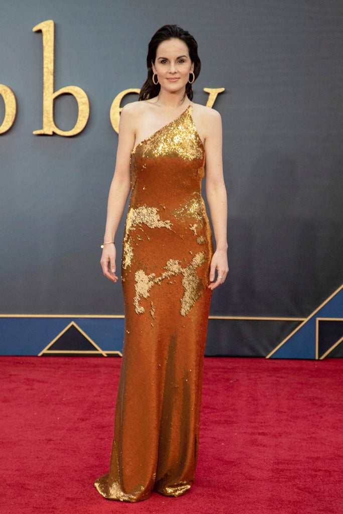 Michelle Dockery stuns in Galvan