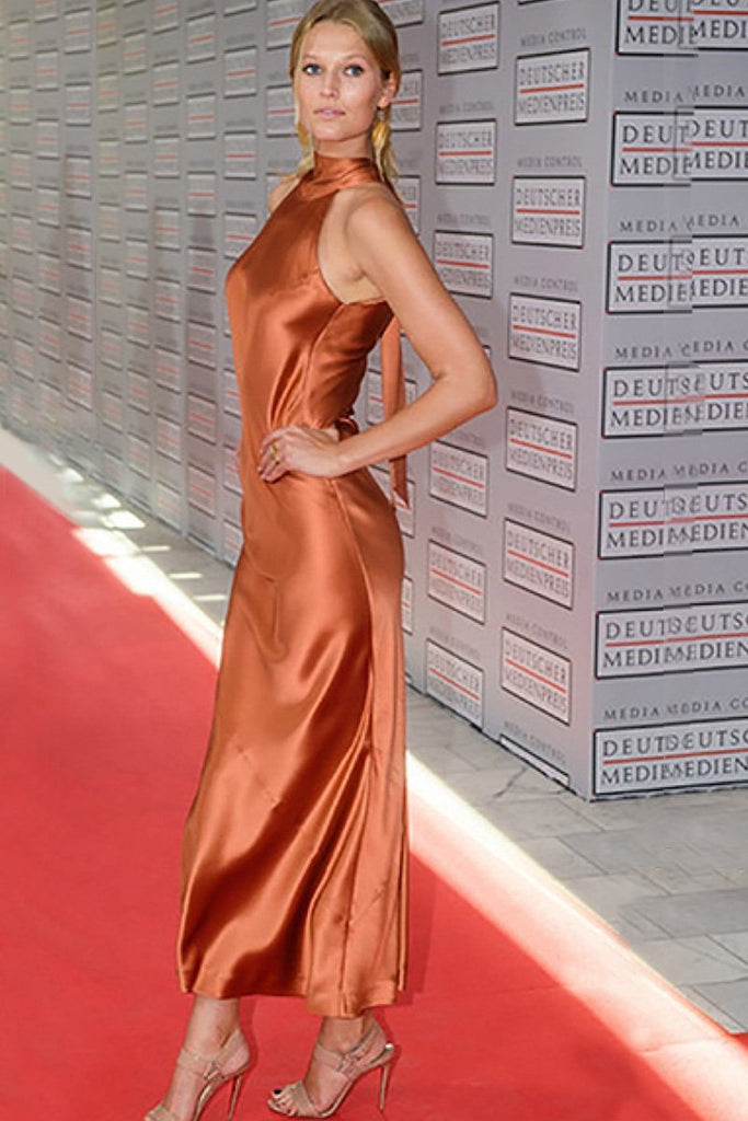 Toni Garrn wears Galvan to the German Media Awards