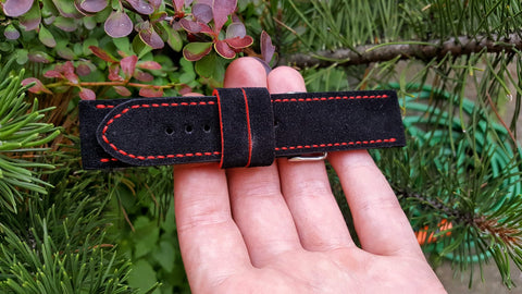 Italian Suede - Black-Red 22 mm