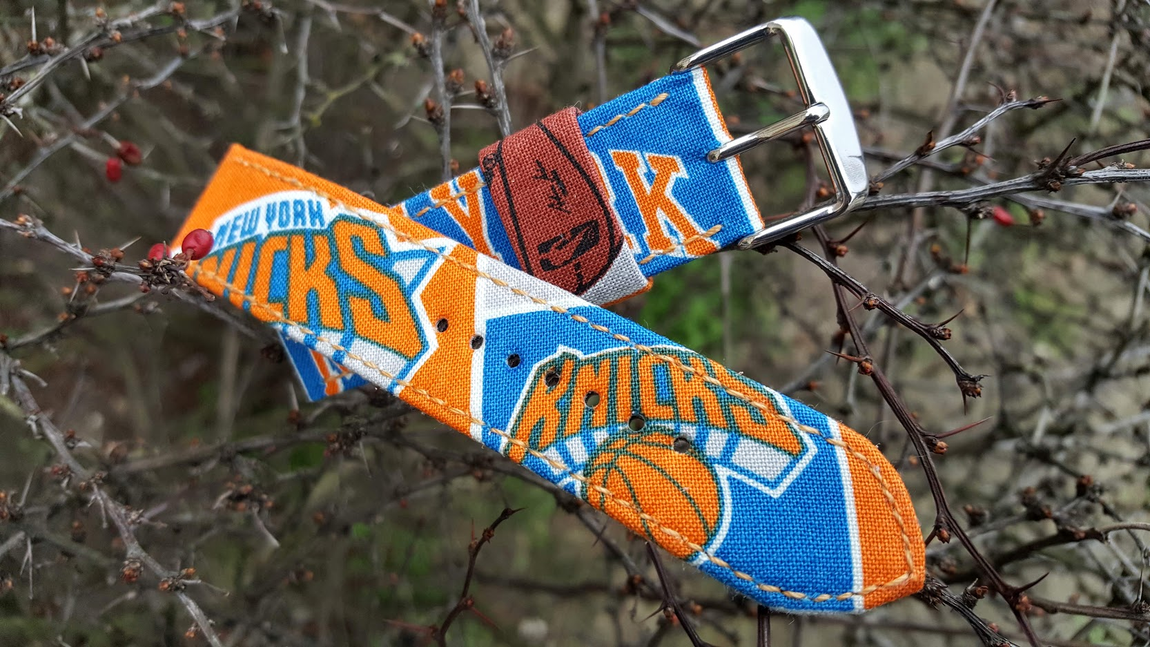 New York Knicks Watch Strap 22 mm