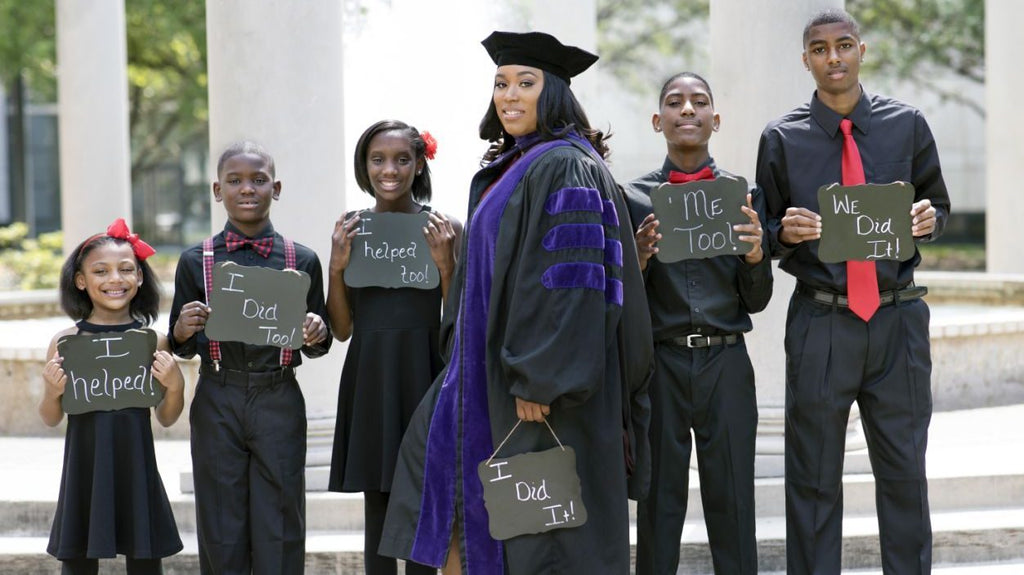 Mom Of Five Celebrates Upcoming Law School Graduation With An Inspiring Photo Shoot