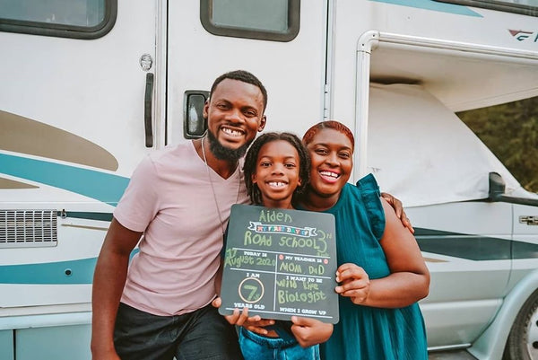 This Family Sold Their Home And Bought An RV To Travel The Country And Home School