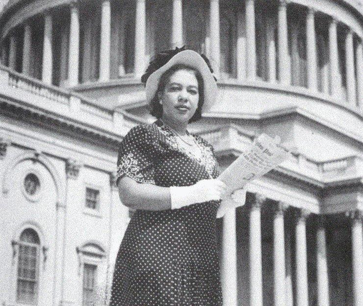 The First Black Woman Journalist To Get White House Credentials Is Getting Her Own Life-Size Statue