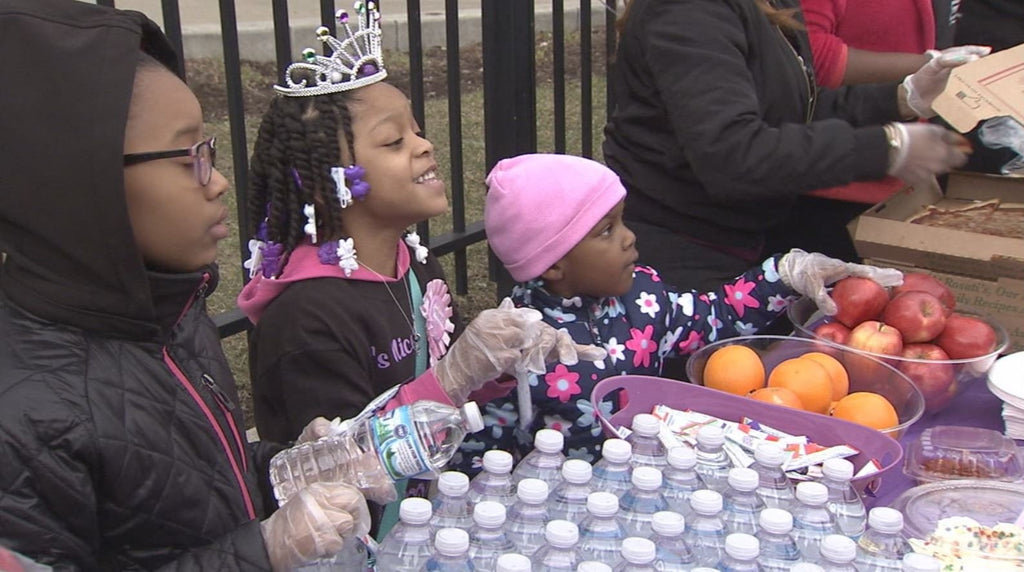 Giving Back: 6-Year-Old Feeds Homeless For Her Birthday