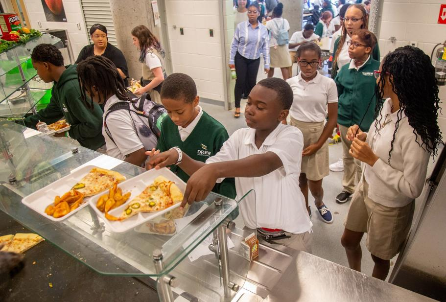 77 Atlanta Schools Now Offer Free Breakfast And Lunch To Students