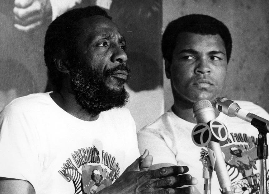 Remembering Pioneering Comedian And Activist Dick Gregory In 10 Powerful Photos