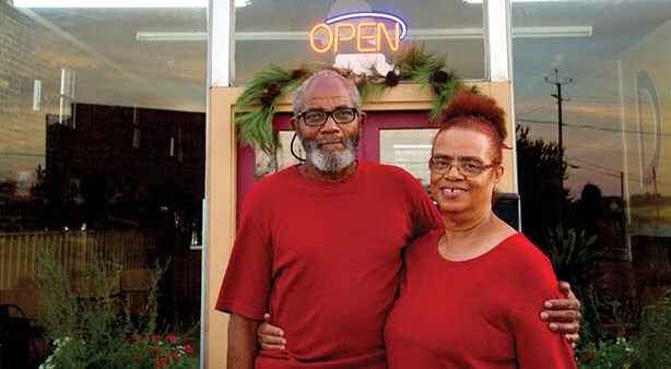 Alabama Couple Creates 'Pay What You Can' Soul Food Restaurant