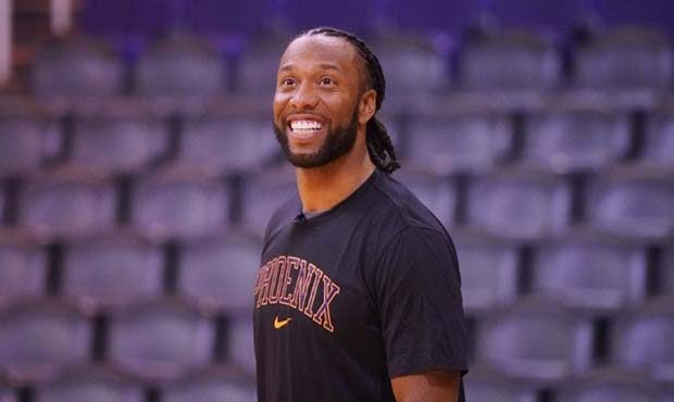 NFL WR Larry Fitzgerald Purchases Stake in NBA's Phoenix Suns, Becomes Only Active Black NFL Player With NBA Ownership