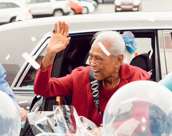 Alabama Winn-Dixie Grocery Store Celebrates 101-Year-Old Employee With Grant Named In Her Honor