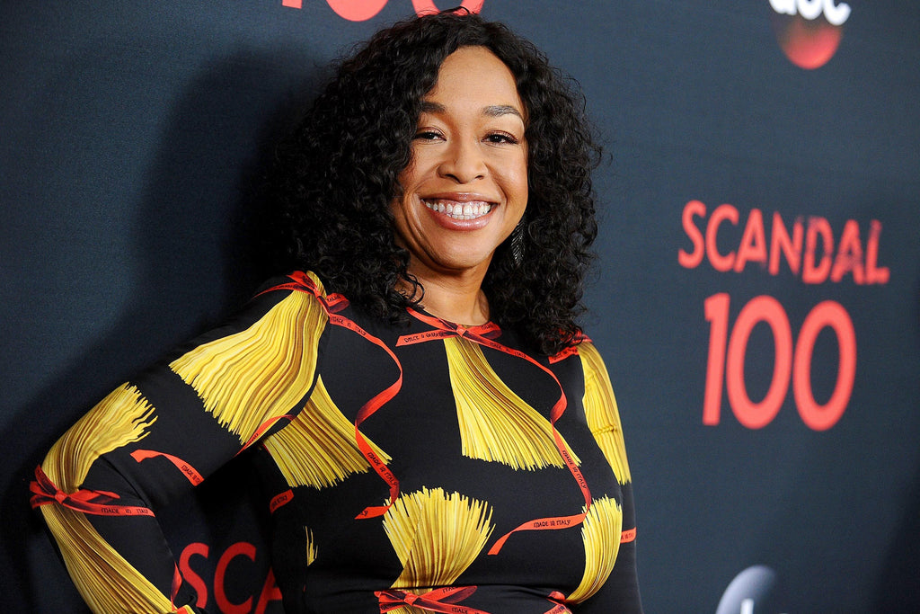 Shonda Rhimes Is Taking Shondaland (And Her Black Girl Magic) To Netflix