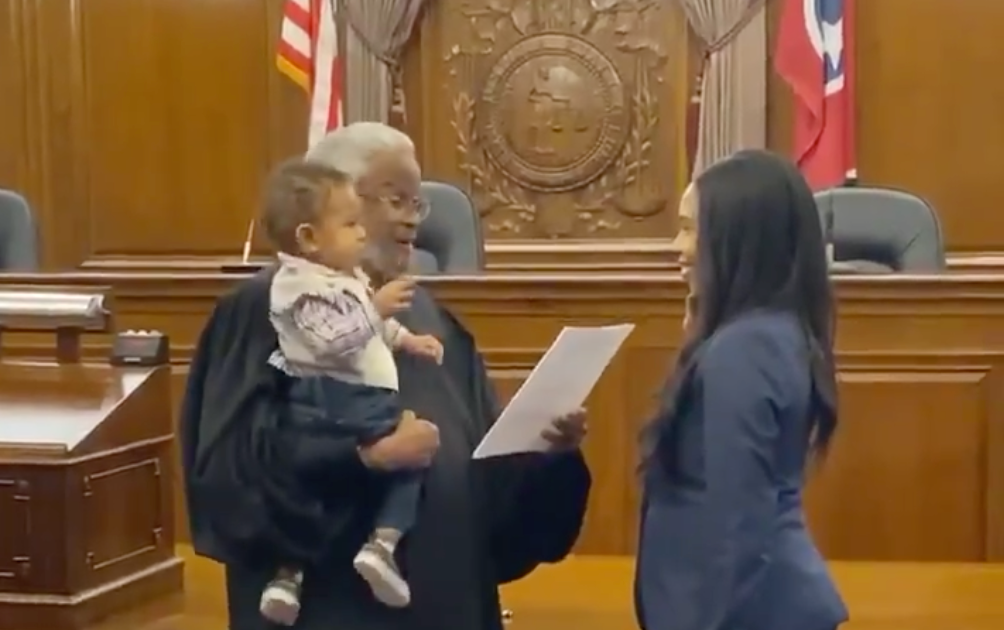 Tennessee Judge Holds Lawyer's One-Year-Old Son As He Swears Her In