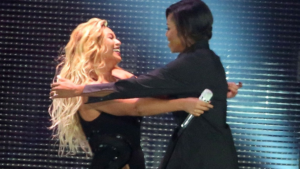 Michelle Obama and Beyonce's Public Support of One Another is an Example for All Women
