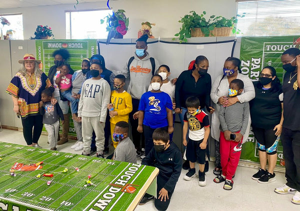 Steelers' Draft Pick Najee Harris Throws Draft Party For Youth At Homeless Shelter He Used To Live In