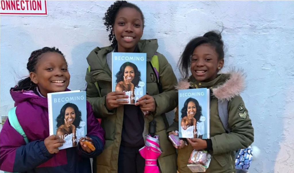 10 Photos That Show Just How Much Michelle Obama Inspires Young Girls Who Look Like Her