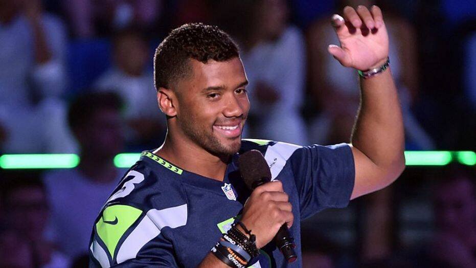 Russell Wilson Becomes First Quarterback In NFL History To Have A Winning Record in His First 8 Seasons