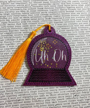 Load image into Gallery viewer, Digital Download 4 x 4 Crystal Ball Vinyl Applique Bookmark Set