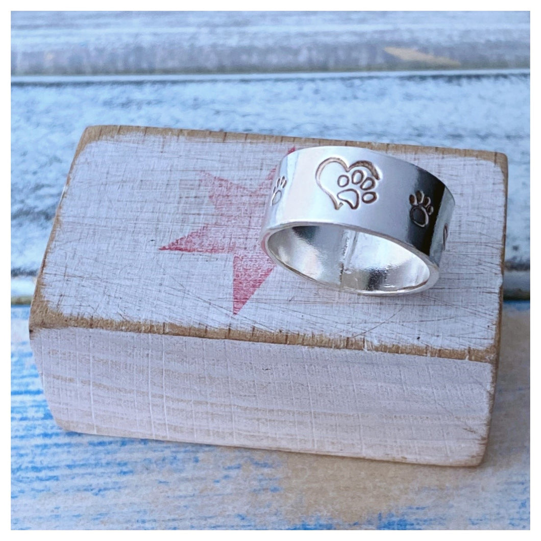 Pawprints on your Heart - Sterling Silver Ring