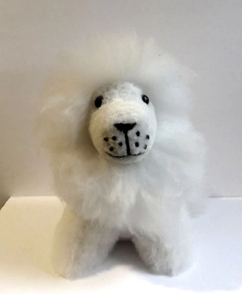 Alpaca Stuffed Toy - White Lion - Homunculus