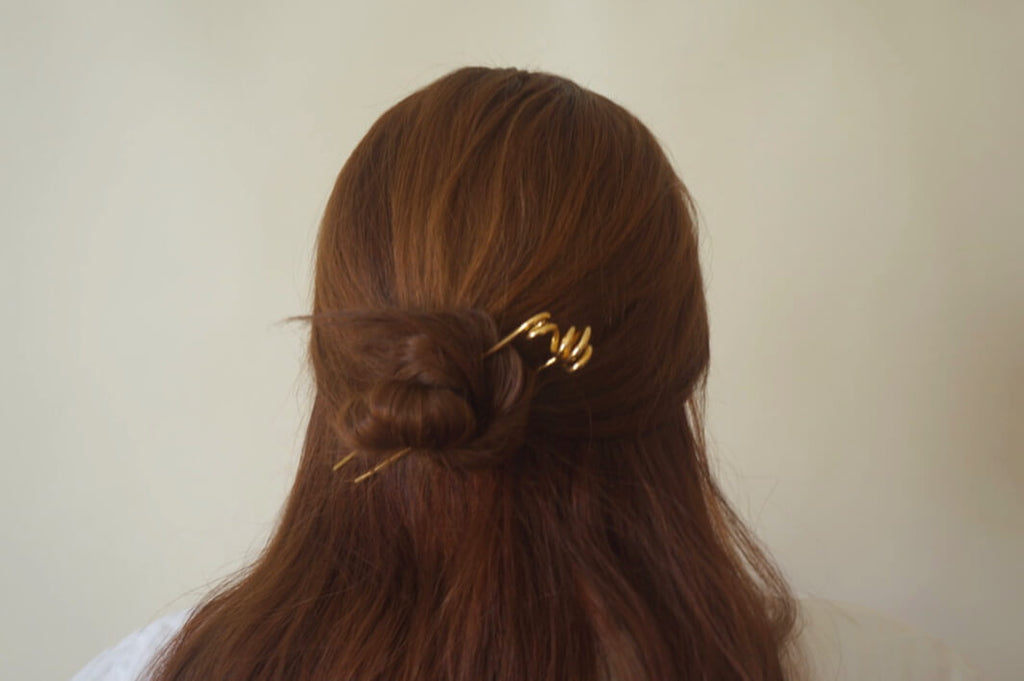 COIL BRASS HAIR PIN - Aleishla
