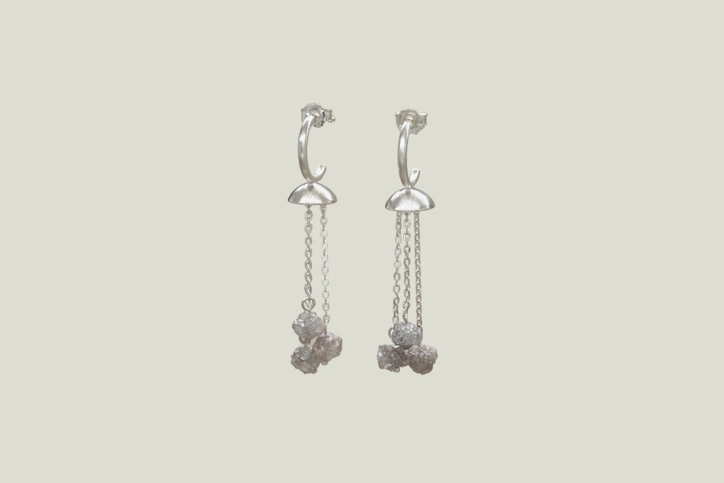 METEORITO DIAMOND DROP EARRINGS, SILVER - Aleishla