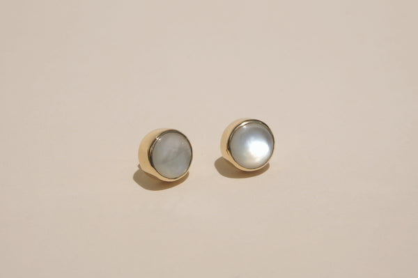 MOTHER OF PEARL STUD EARRINGS | 10mm - Aleishla