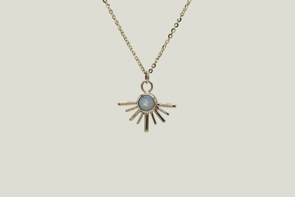 OPAL SOLECITO PENDANT NECKLACE, 14K GOLD - Aleishla