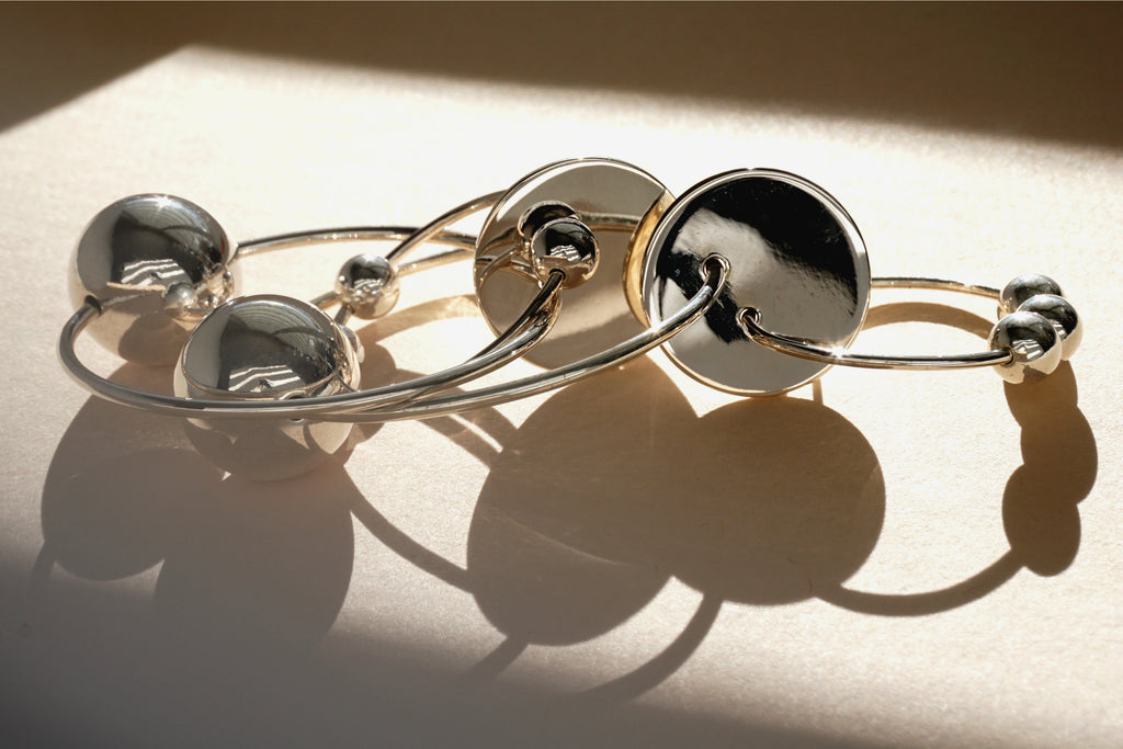 SOLAR HOOP EARRINGS, SILVER - Aleishla