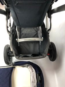 Refurbished UPPAbaby Vista (2016/2017) in Taylor Navy