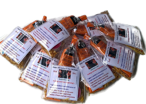 Halloween gift packets