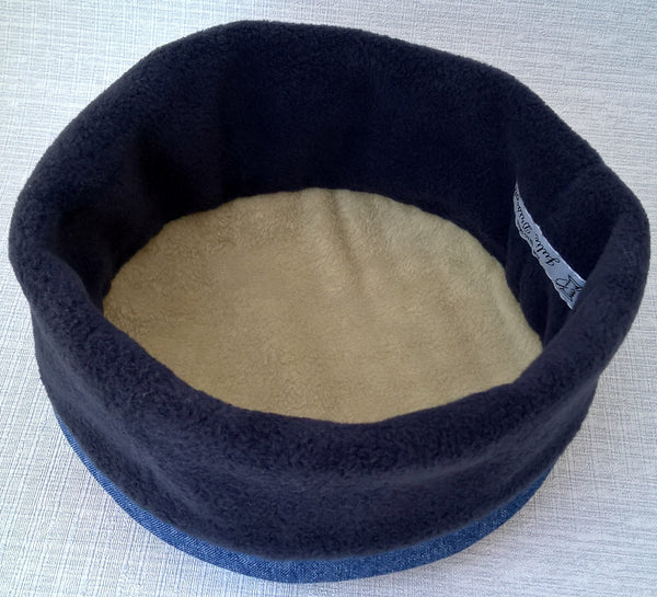 This fleece cap is finished with a soft stone fleece lining