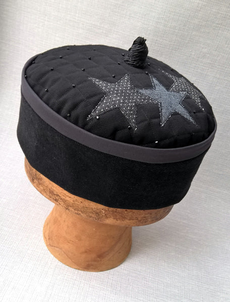 Wizards tassel smoking cap in black and grey with applique stars